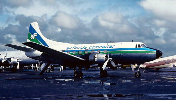 In Spring 1981, several Martin 404s were repainted in lime and blue and operated segments of the Air Florida Commuter network. In August 1981 Florida Airlines reorganized as Southern International, which lasted only a matter of months before shutting down.