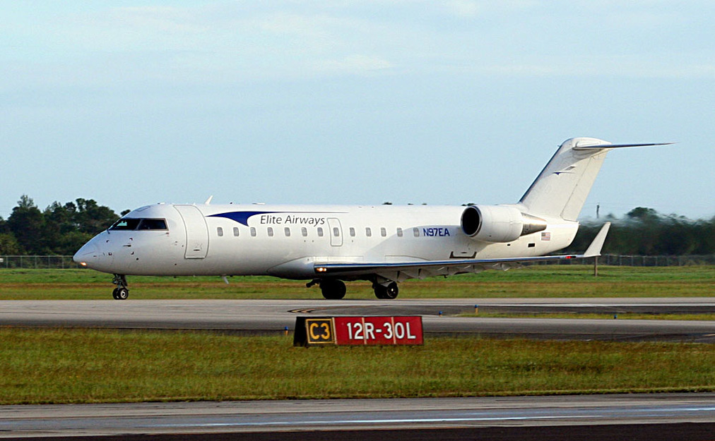 Elite Airways CRJ-200