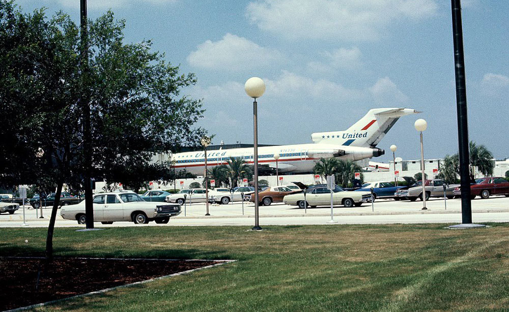 United 727 at Jacksonville in 1974.